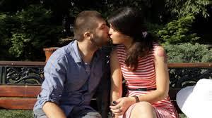 jak pocałować dziewczynę